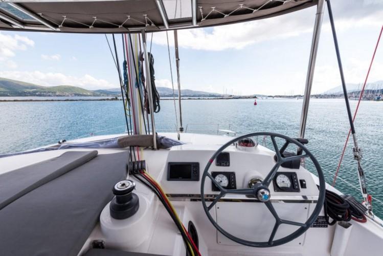 CATAMARAN-IONIAN-SEA-LEFKADA-CHARTER-COCKPIT-NEW-BALI-4.0-2