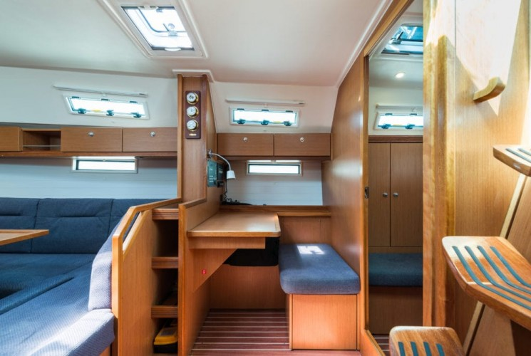 NEW-Bavaria-Cruiser-40-16