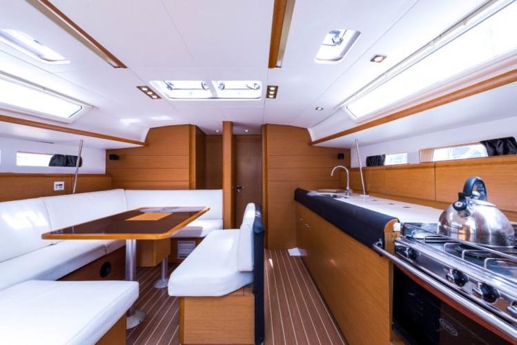 NEW-Jeanneau-Sun-Odyssey-469-14