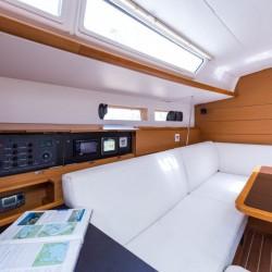 NEW-Jeanneau-Sun-Odyssey-469-9