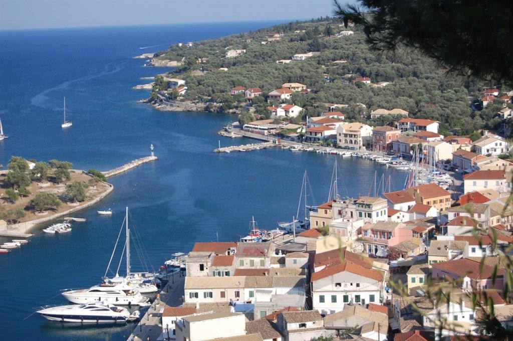 Sailing-from-Corfu